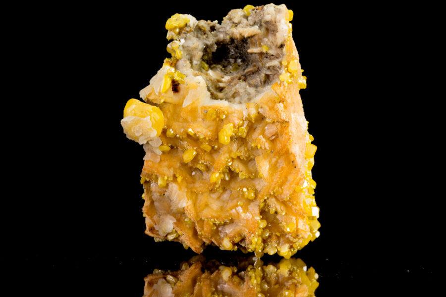 Wulfenite Barite epimorph