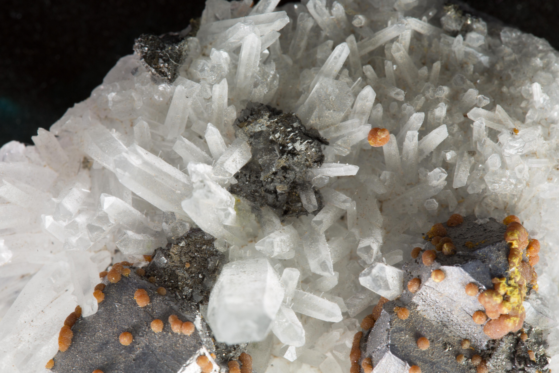 Quartz Galena Orpiment Pyrite combination